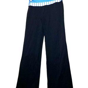 Lululemon 8 black flare pants mid-high rise wide
